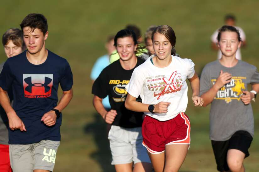 Mid-Prairie could join an elite group in Iowa girls' cross country this fall