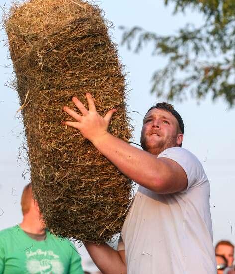 Photos: 2021 Solon Beef Days Hay Bale Toss