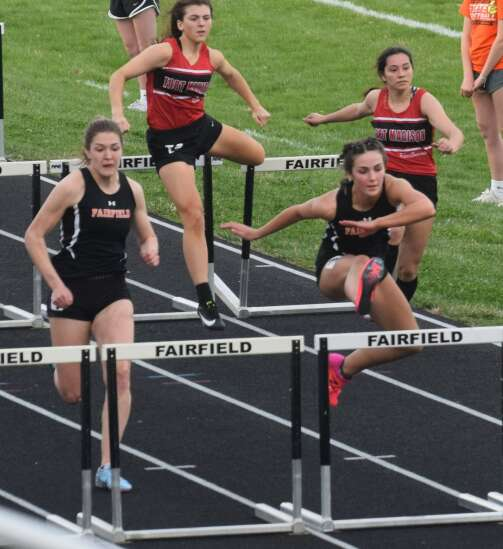 Trojans win Fairfield Relays