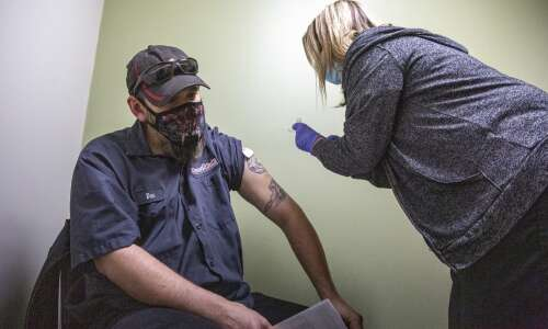 Cedar Rapids-based clinic opens vaccine appointments to all