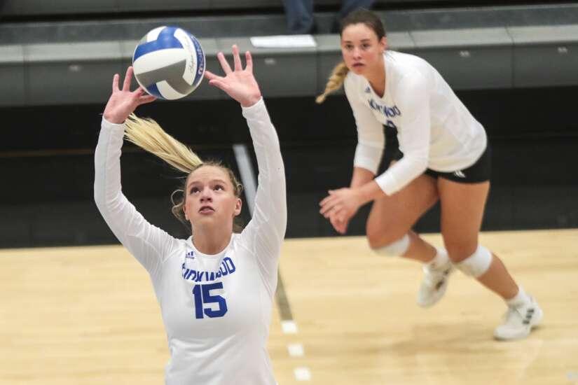 Photos: Kirkwood CC womens volleyball vs Iowa Lakes