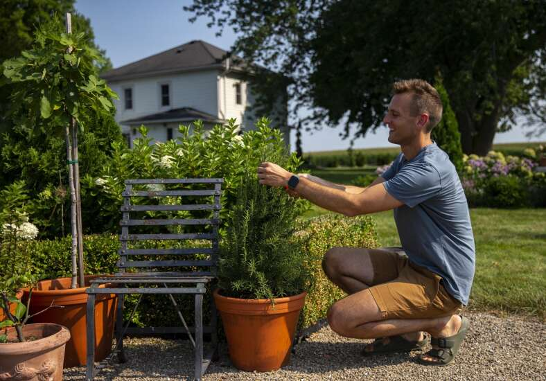 Wyse Guide shares home and garden passions with the masses from his Iowa farm