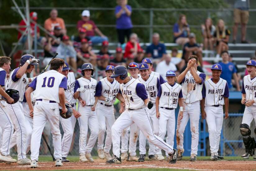 Reed Stallman helps drive Alburnett back into Class 1A state baseball semifinals