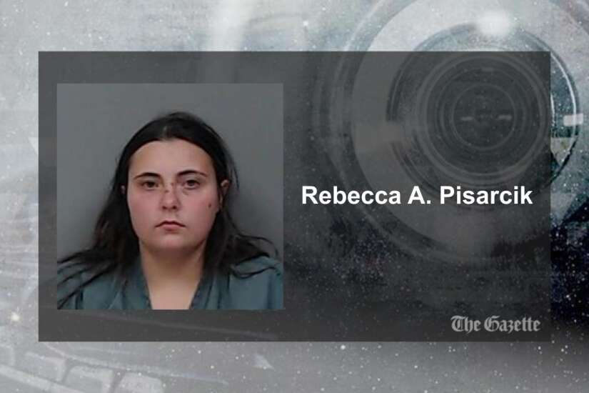 Marion woman arrested after police find dead cats in apartment