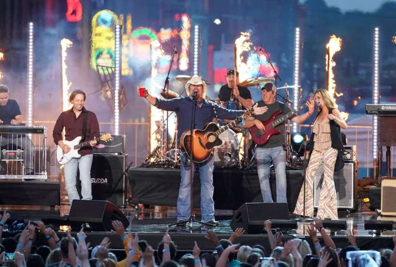 Country star Toby Keith will be first concert at Coralville's Xtream Arena