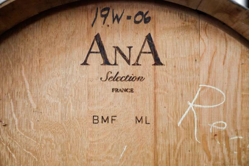 How to taste wine: Lessons from Iowa winemakers