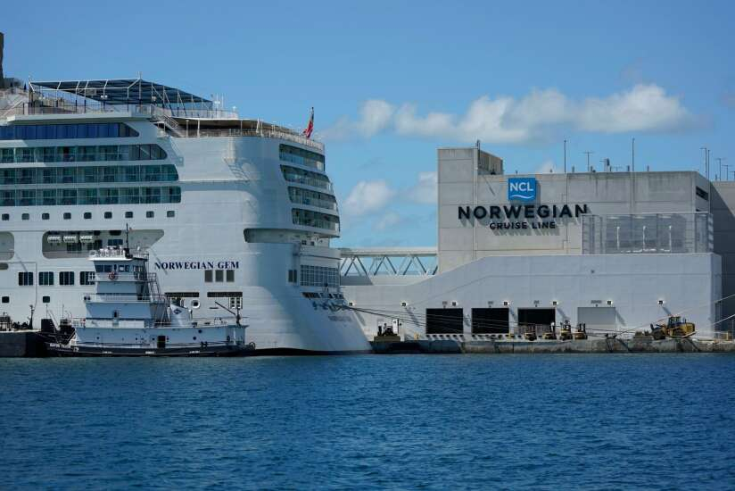 More businesses could follow cruise line requiring vaccines