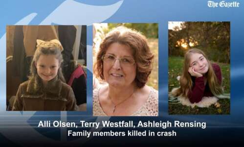 Three eastern Iowa family members killed in head-on crash