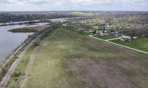 Cargill starts construction on contentious rail yard