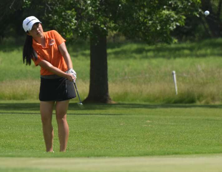 Washington caps another special season with Class 3A girls' state golf title