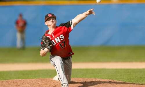 Linn-Mar sweeps Cedar Rapids Washington in MVC baseball doubleheader