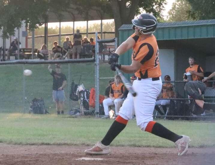 Fairfield baseball drops non-conference home game