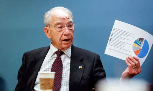 At 88, Grassley announces another U.S. Senate run