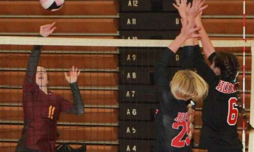Mt. Pleasant volleyball finishes 1st in regular season play