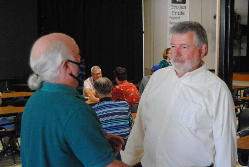Fairfield celebrates band teacher's retirement