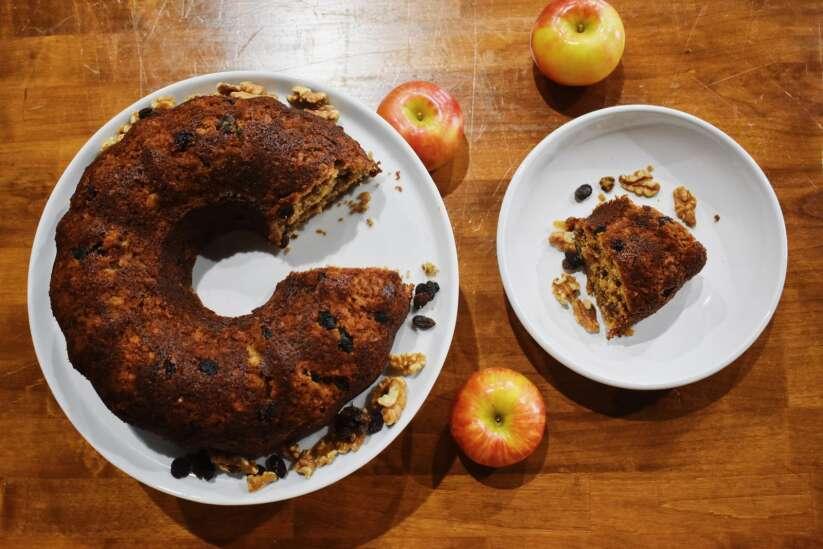 Try Bolo de Bruxa, a cinnamon apple cake perfect for fall
