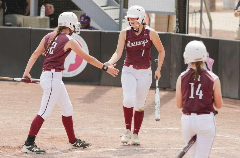 Photos: Mount Vernon vs. Estherville-Lincoln Central, Class 3A Iowa high school state softball quarterfinals