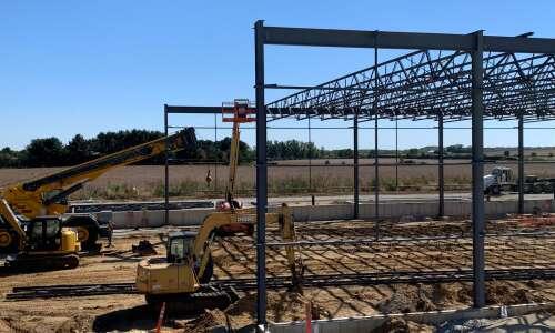 Independence manufacturer Pries Enterprises expands facility