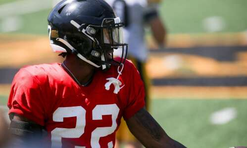 Iowa's Terry Roberts makes the most of his opportunities