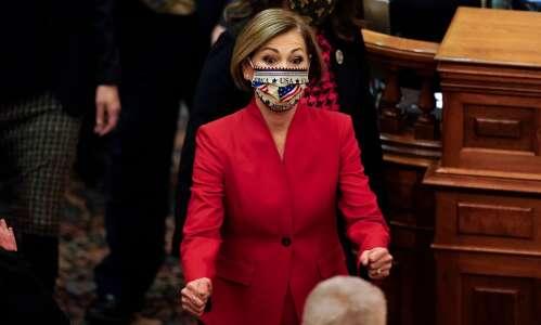 Iowa Gov. Reynolds prohibits K-12 schools from mandating masks